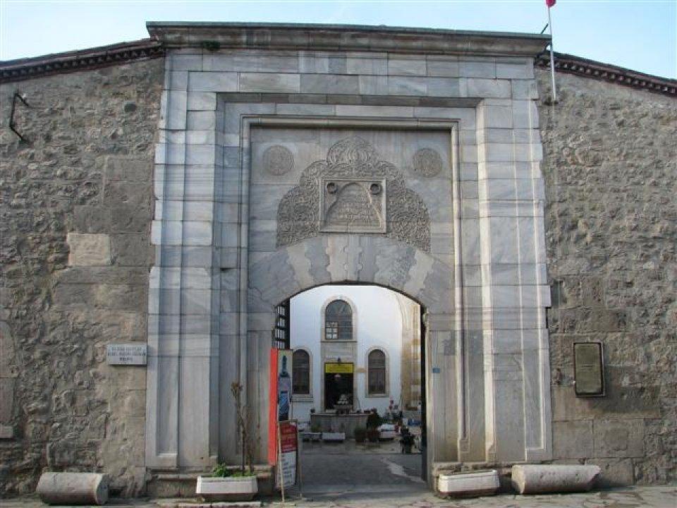 9.2 milyon Avro'luk Sinop Modeli Proje ile kentin kültür Anayasasını hazırladıklarını belirten Hikmet Tosun; bu örnek ve öncü proje ile Sinop'ta neyi başarmak istediklerini yazıyor.