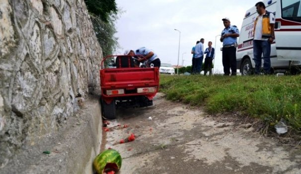 ATV kullanan karı koca yaralandı
