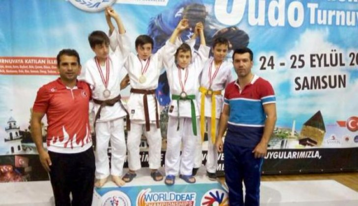 Judocular 5 Madalya ile döndü