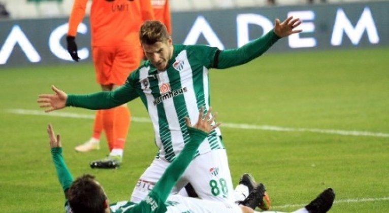 Bursaspor, Çaykur Rizespor'u yendi