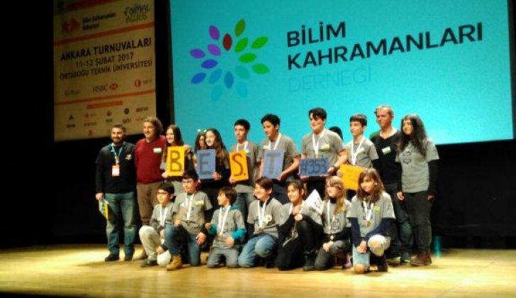 """Sinop'un bilim kahramanlarına """"araştırma ödülü"""""""