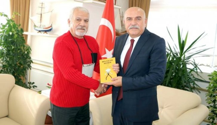Gazeteci-Yazar Kalkan'dan Vali İpek'e ziyaret - Vitrin Haber