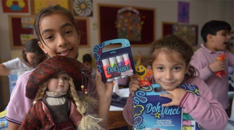 Sinop'ta bin çocuğa hediye oyuncak