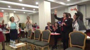 Eskişehir CHP Kadın Kolları Genel Başkanı Köse: Topukluları Çıkarıp Yalın Ayak Toprağa Basma Zamanı