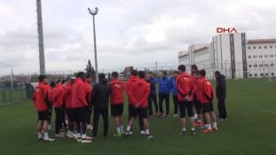 Eskişehir - Vali Tuna: Eskişehirspor Ligde Kalacak