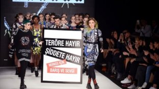 İstanbul Moda Haftasından terör mesajı