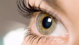 Gözleri güneş ışınlarından koruma yolları