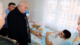 Vali İpek'ten Sinoplu Gaziye ziyaret