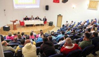 Okul sporları bilgilendirme ve değerlendirme toplantısı yapıldı - Vitrin Haber