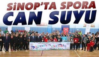 Sinop'ta amatör kulüplere malzeme yardımı - Vitrin Haber