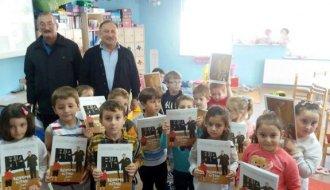 Türkelili yazardan anasınıfı öğrencilerine ücretsiz kitap - Vitrin Haber