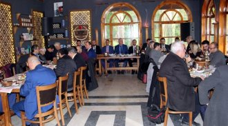 Mevcut Başkan Gazetecilerle Bir Araya Geldi
