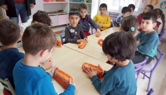 Öğrencilere diş macunu ve diş fırçası dağıtıldı - Vitrin Haber