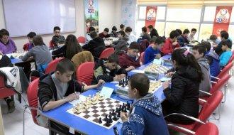 Satranç il birinciliği müsabakaları düzenlendi - Vitrin Haber