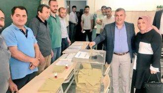 Sinop'ta adaylar oylarını kullandı - Vitrin Haber
